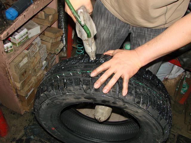 Шипы для колёс своими руками