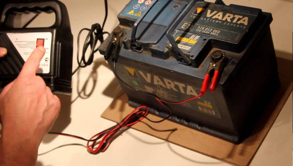 Как сделать зарядное на автомобильный аккумулятор