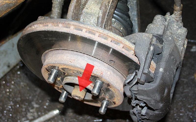 Замена задних тормозных колодок на ix35 своими руками 52