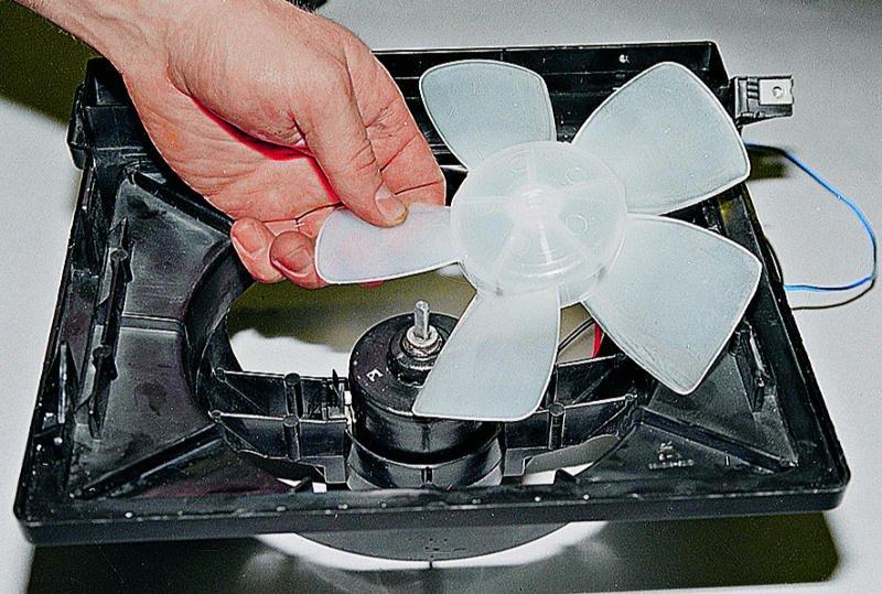 Замена вентилятора печки ваз 21213 своими руками 27