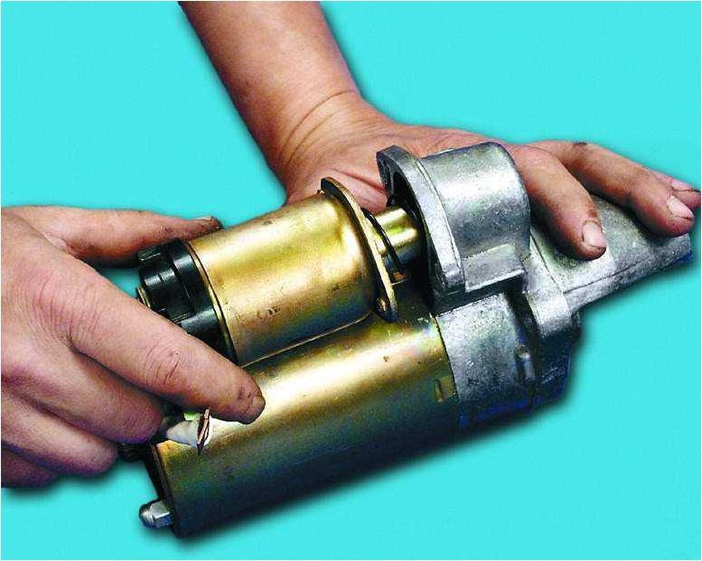 Вязание спицами как закрыть петли рукава 87