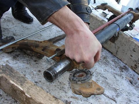 Задняя балка пежо 206 ремонт своими руками